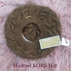 Michael KORS round beret